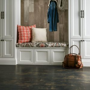Antique structure Laminate | Thornton Flooring