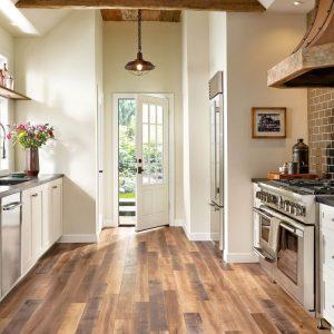 Laminate flooring of kitchen | Thornton Flooring