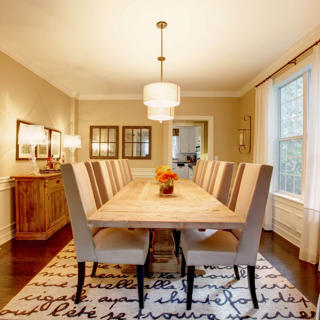 Best Rug for Your Dining Room | Thornton Flooring